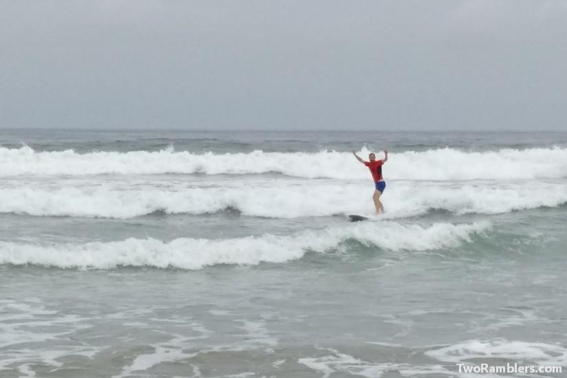 Surfing, Montañita, Ecuador